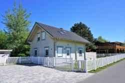 Ferienhaus: Holzhaus Seeadler in Lancken