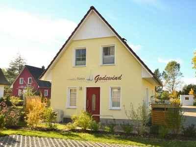 Haus Godewind Glowe Objektansicht