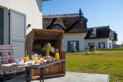 Ferienhaus: Reetdachhäuser im Feriendorf am Bakenberg in Dranske